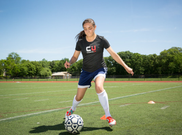74e467b61 CoachUp Nation | How To Improve Your Dribbling Skills