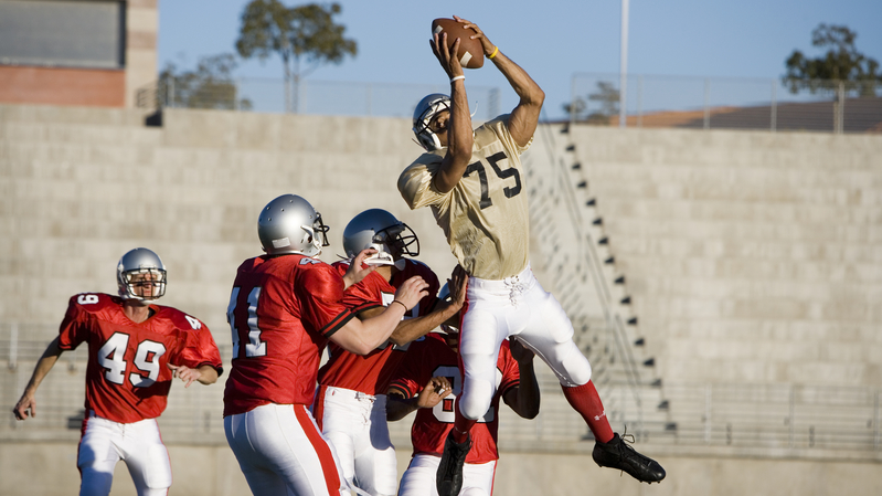CoachUp Nation | Four Drills for Catching a Football