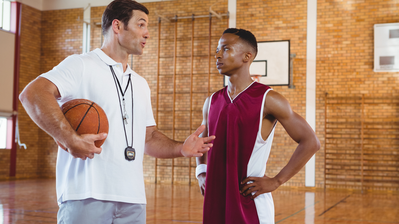 Coachup Nation 10 Reasons Why One On One Basketball Training Trumps Aau